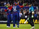 Brendon McCullum looks aghast as Ryan Sidebottom strikes, New Zealand v England, 2nd Twenty20, Christchurch, February 7, 2008