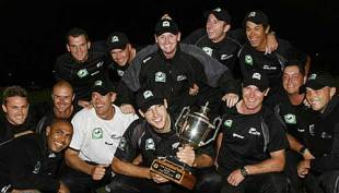 New Zealand celebrate with the series trophy, England v New Zealand, 5th ODI, Christchurch, February 23, 2008