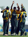 Adil Raza celebrates a wicket with his team-mates, Australia Under-19s v Pakistan U-19s, Under-19 World Cup quarter-finals, Kuala Lumpur, February 25, 2008