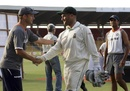 Gary Kirsten shakes hands with Mark Boucher, India v South Africa, 2nd Test, Ahmedabad, 3rd day, April 5, 2008