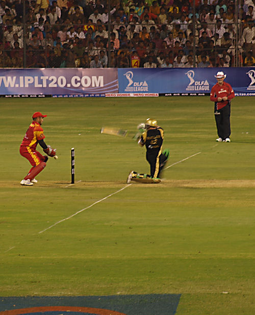 Brendon McCullum hits behind the wicket, Bangalore Royal Challengers v Kolkata Knight Riders, Bangalore, April 18, 2008