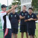 Dene Hills takes a group of coaches through a session on batting at Cricket Australia's Level 3 course, May 5, 2008