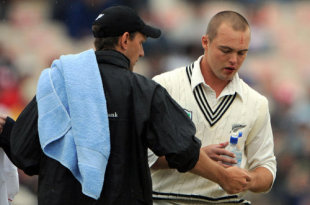 Daniel Flynn prepares to leave the field after sustaining a painful hit on his mouth, England v New Zealand, 2nd Test, Old Trafford, May 23, 2008