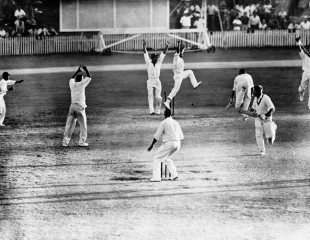 Brisbane 1960: Test cricket's first tie