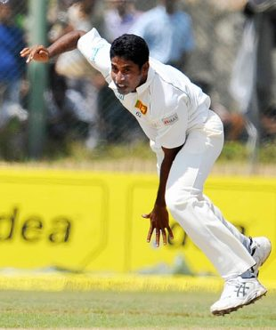 Chaminda Vaas dismissed Sachin Tendulkar and Sourav Ganguly in quick time, Sri Lanka v India, 2nd Test, Galle, 1st day, July 31, 2008