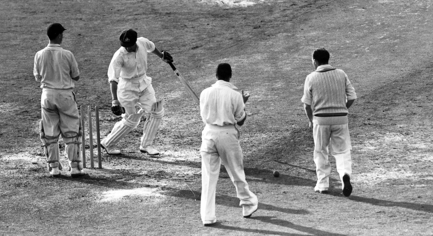 Don Bradman's Test career ends with a duck at The Oval, England v Australia, 5th Test, The Oval, August 14, 1948