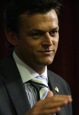 Adam Gilchrist makes his point at a press conference, Mumbai, September 16, 2008