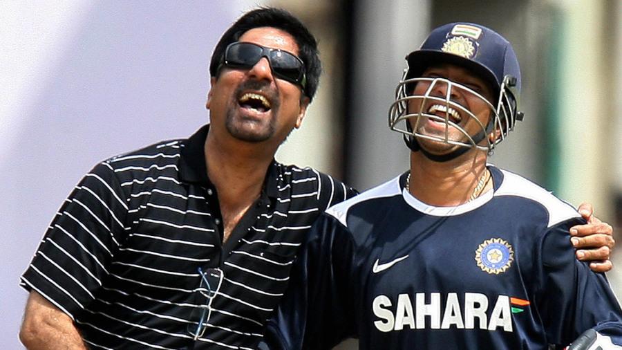 Sachin Tendulkar and Kris Srikkanth share some laughs
