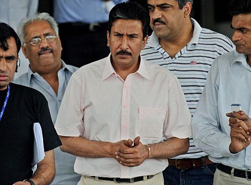 95248 - Saleem Malik applies for Pakistan batting coach role