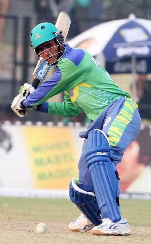 Abdul Razzaq hit 66 from 61 balls against Chandigarh, Chandigarh Lions v Hyderabad Heroes, 19th match, ICL, Gurgaon, October 26, 2008