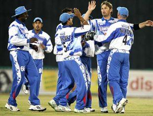 Delhi celebrate the wicket of Jimmy Maher, Delhi Giants v Hyderabad Heroes, ICL, Panchkula, November 1, 2008