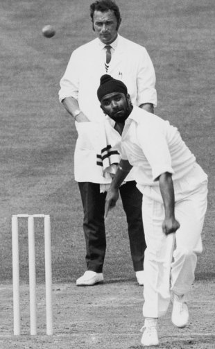 Bishan Bedi bowls, Surrey v Indians, Tour match, The Oval, 3rd day, August 2, 1971