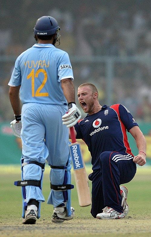 Andrew Flintoff is pumped up after dismissing Yuvraj Singh, India v England, 3rd ODI, Kanpur, November 20, 2008