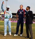 Mahendra Singh Dhoni and Kevin Pietersen at the toss with Roshan Mahanama
