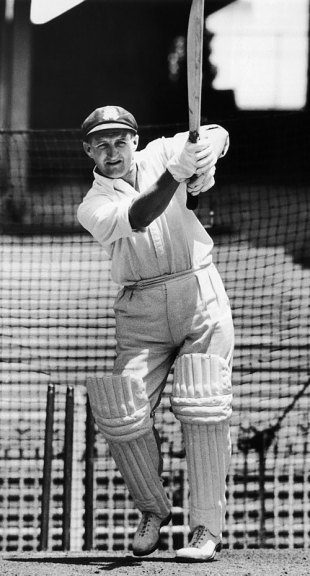 Les Favell bats in the nets before making his Test debut, Brisbane, November 25, 1954