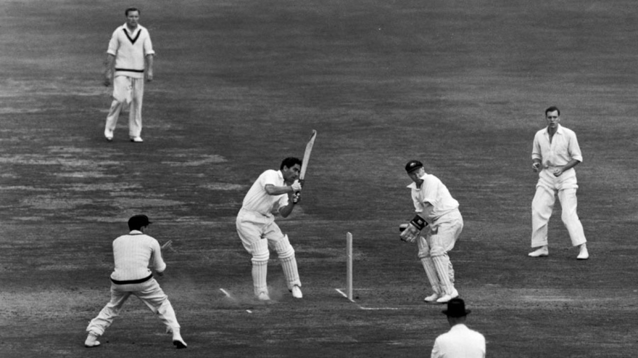 Denis Compton plays the hook shot