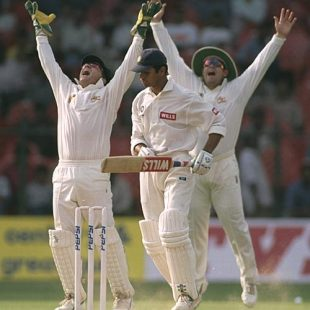 Rahul Dravid is caught by Ian Healy off Gavin Robertson, 3rd Test, Bangalore, 3rd day, March 27, 1998