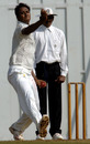 Mumbai's Rahil Shaikh bowls against Punjab, Mumbai v Punjab, Ranji Trophy Super League, 7th round, Mumbai, 1st day, December 18, 2008