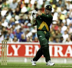 Lance Klusener pulls, 13th match: England v South Africa, World Cup, The Oval, May 22, 1999