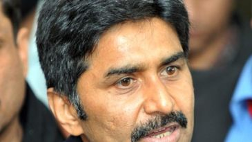 Former Pakistan captain Javed Miandad at a press conference