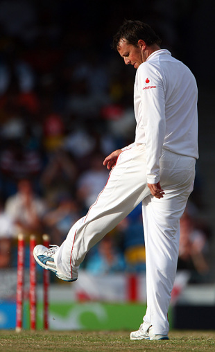 Graeme Swann kicks the turf in disgust, West Indies v England, Barbados, 4th Test, March 1, 2009