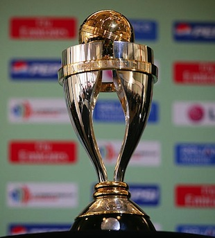 The Replica Of Original Trophy Pictured Here Arrived In Mumbai Baggage C Getty Images 2013 Womens World Cup