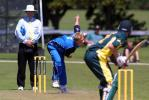 England Under-19 bowler Chris Gilbert delivers a ball during his spell of 2-65 from 10 overs. ICC Under-19 World Cup Super League Group 2: Australia Under-19s v England Under-19s at Hagley Oval, Christchurch, 30 January 2002.
