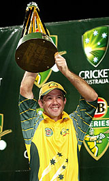 Ricky Ponting with the VB Series trophy © Getty Images
