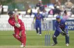 Lancs skipper Warren Hegg flicks a ball to leg, Dernyshire v Lancashire June 2002