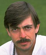 Simon John Emmerson Brown - 053084.player