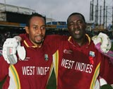 Ian Bradshaw and Courtney Browne guided West Indies to a sensational victory with an unbeaten 71-run ninth wicket partnership © Getty Images