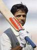 Rahul Dravid acknowledges the crowd after scoring 222, India v New Zealand 1st Test, Motera, October 9, 2003