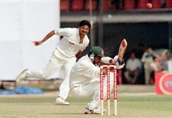 Shahriar Hossain faced Bangladesh's first ever ball in Tests, but though he stuck around for nearly an hour and a half, he only managed 12 runs in the first innings