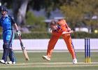 30 Nov 2000: England v Netherlands - CricInfo Women's World Cup 2000 played at the BIL Oval of Lincoln University
